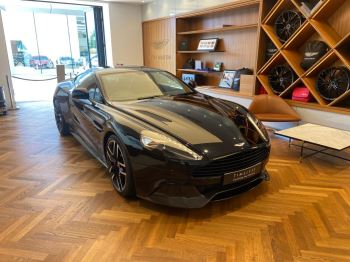 Aston Martin Vanquish V12 [568] 2+2 2dr Touchtronic 8 speed Carbon 17 Model Year Apple Car Play  image 2 thumbnail