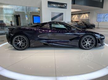 McLaren 720S Spider V8 2dr SSG  MSO PAINT SPOORTS EXHAUST SUPERB VALUE image 3 thumbnail