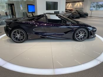 McLaren 720S Spider V8 2dr SSG  MSO PAINT SPOORTS EXHAUST SUPERB VALUE image 11 thumbnail
