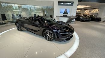 McLaren 720S Spider V8 2dr SSG  MSO PAINT SPOORTS EXHAUST SUPERB VALUE image 13 thumbnail
