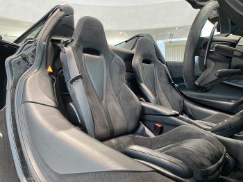 McLaren 720S Spider V8 2dr SSG  MSO PAINT SPOORTS EXHAUST SUPERB VALUE image 25 thumbnail