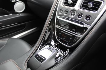 Aston Martin DB11 V12 2dr Touchtronic  Rare Launch Edition, 1 Owner  image 11 thumbnail