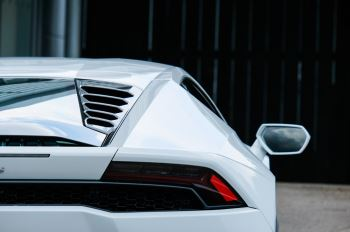 Lamborghini Huracan LP 610-4 2dr LDF - Full XPEL PPF all Round image 10 thumbnail