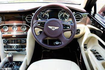 Bentley Mulsanne 6.8 V8 - Comfort, Entertainment and Premier Specification image 13 thumbnail