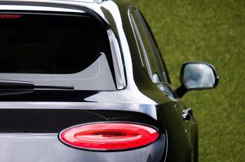 Bentley Bentayga 4.0 V8 - Mulliner Driving Specification for Black Specification image 8 thumbnail