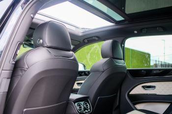 Bentley Bentayga 4.0 V8 - Mulliner Driving Specification for Black Specification image 14 thumbnail