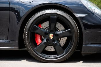 Porsche 911 PDK - Carbon interior package - Privacy Glass - 20 inch Sport Classic wheels image 7 thumbnail