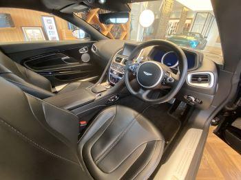 Aston Martin DB11 Volante V8 Volante Touchtronic image 7 thumbnail