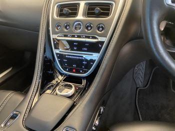 Aston Martin DB11 Volante V8 Volante Touchtronic image 12 thumbnail