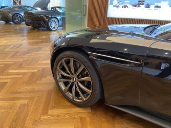 Aston Martin DB11 Volante V8 Volante Touchtronic image 21 thumbnail