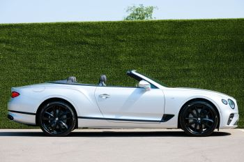 Bentley Continental GTC 4.0 V8 - Mulliner Driving Specification and Blackline Specification with 22 Inch Alloys image 3 thumbnail