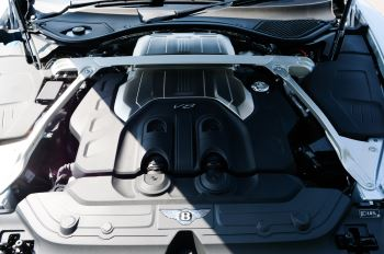 Bentley Continental GTC 4.0 V8 - Mulliner Driving Specification and Blackline Specification with 22 Inch Alloys image 10 thumbnail