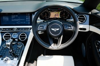 Bentley Continental GTC 4.0 V8 - Mulliner Driving Specification and Blackline Specification with 22 Inch Alloys image 14 thumbnail
