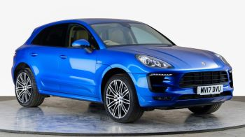 Porsche Macan S Diesel PDK - Over £9,500 Pounds of Optional Extras - Panoramic Roof - 21 inch Alloy Wheels 3.0 Diesel Automatic 5 door Estate