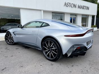 Aston Martin New Vantage 2dr ZF 8 Speed reversing camera . Heated & ventilated seats . Sports pplus seats .  image 5 thumbnail