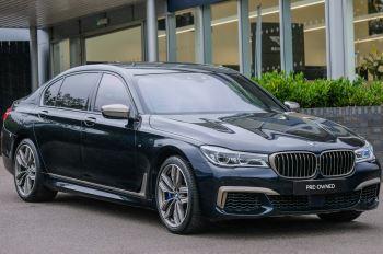 BMW 7 Series M760Li xDrive V12 - Executive Lounge - BMW Individual paintwork 6.6 Automatic 4 door Saloon