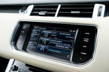 Land Rover Range Rover Sport 5.0 V8 S/C Autobiography Dynamic - 22 Inch Alloy Wheels - LED Signature Lights - 360 Camera image 25 thumbnail