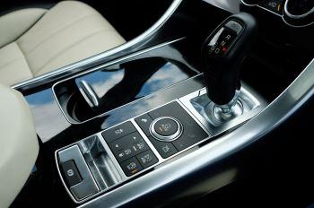 Land Rover Range Rover Sport 5.0 V8 S/C Autobiography Dynamic - 22 Inch Alloy Wheels - LED Signature Lights - 360 Camera image 27 thumbnail