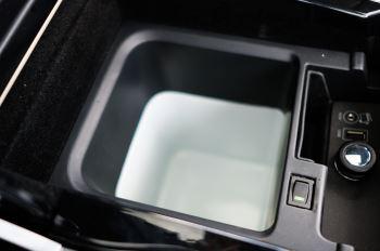 Land Rover Range Rover Sport 5.0 V8 S/C Autobiography Dynamic - 22 Inch Alloy Wheels - LED Signature Lights - 360 Camera image 29 thumbnail