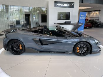 McLaren 600LT Spider V8 SSG image 20 thumbnail