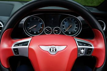 Bentley Continental GTC 6.0 W12 Speed - Massage Seats & Ventilation - Neck Warmer - Rear View Camera image 17 thumbnail