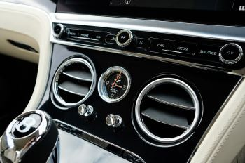 Bentley Continental GT 6.0 W12 1st Edition - Comfort Seating - Touring Specification image 28 thumbnail