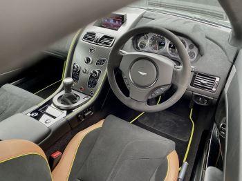 Aston Martin Vantage AMR AMR 2dr Manual  image 22 thumbnail