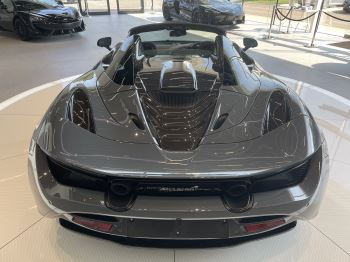 McLaren 720S Spider V8 2 DR PERFORMANCE VERY RARE COLOUR AND FULL CAR PPF image 11 thumbnail