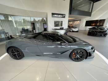 McLaren 720S Spider V8 2 DR PERFORMANCE VERY RARE COLOUR AND FULL CAR PPF image 20 thumbnail