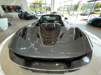 McLaren 720S Spider V8 2 DR PERFORMANCE VERY RARE COLOUR AND FULL CAR PPF image 22 thumbnail