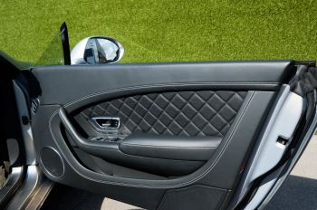 Bentley Continental GTC 4.0 V8 S Mulliner Driving Spec - Ventilated Front Seats with Massage Function image 15 thumbnail