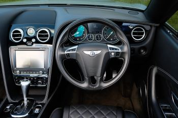 Bentley Continental GTC 4.0 V8 S Mulliner Driving Spec - Ventilated Front Seats with Massage Function image 13 thumbnail
