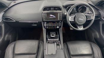 Jaguar F-PACE 2.0d R-Sport AWD - Sliding Panoramic Roof - Rear View Camera image 11 thumbnail