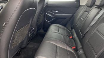 Jaguar E-PACE 2.0d SE AWD - Meridian Sound System - Powered Seats - Satellite Navigation image 14 thumbnail
