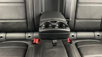 Jaguar E-PACE 2.0d SE AWD - Meridian Sound System - Powered Seats - Satellite Navigation image 29 thumbnail