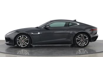 Jaguar F-TYPE 3.0 Supercharged V6 R-Dynamic with Panoramic Sunroof and Meridian Surround Sound image 5 thumbnail