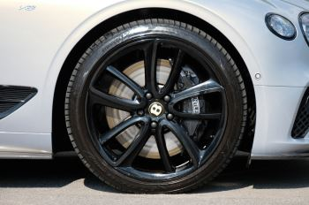 Bentley Continental GT 4.0 V8 - Mulliner Driving Specification with Black Painted Wheels - Touring and Centenary Spec image 9 thumbnail