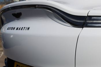 Aston Martin DBX V8 Twin Turbo Massive Spec Low mileage image 14 thumbnail