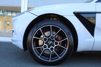 Aston Martin DBX V8 Twin Turbo Massive Spec Low mileage image 11 thumbnail