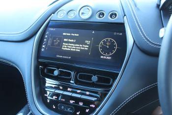Aston Martin DBX V8 Twin Turbo Massive Spec Low mileage image 22 thumbnail