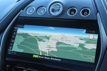 Aston Martin DBX V8 Twin Turbo Massive Spec Low mileage image 23 thumbnail