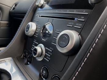 Aston Martin V12 Vantage 2dr v12 manual coupe. Sports Seats . Manual . Ceramic Brakes  image 32 thumbnail