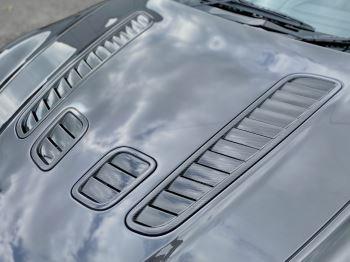 Aston Martin V12 Vantage 2dr v12 manual coupe. Sports Seats . Manual . Ceramic Brakes  image 16 thumbnail