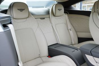 Bentley Continental GT 4.0 V8 - Mulliner Driving Specification with Black Painted Wheels - Touring and Centenary Spec image 45 thumbnail