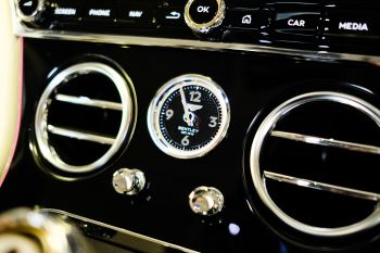 Bentley Continental GT 4.0 V8 - Mulliner Driving Specification with Black Painted Wheels - Touring and Centenary Spec image 59 thumbnail
