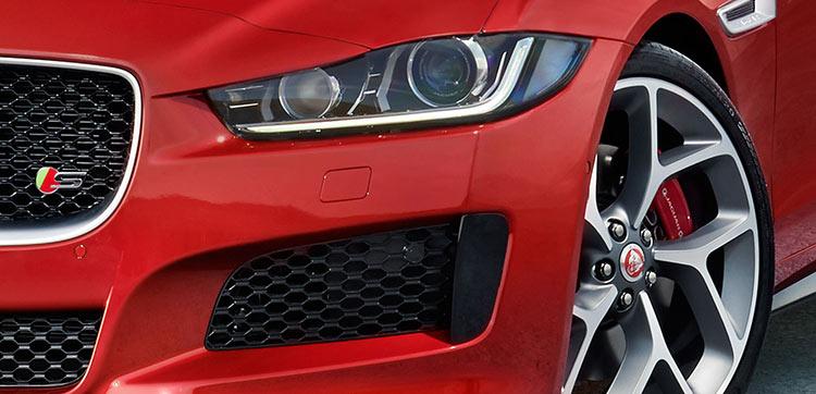 The New Jaguar XE Detail